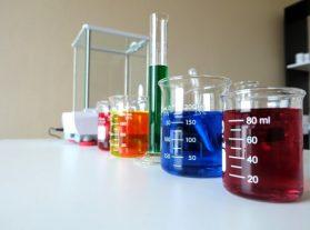 Здравни рискове при работа с опасни химични вещества